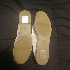 Jennifer Lopez Shoes - Jennifer Lopez white espadrilles